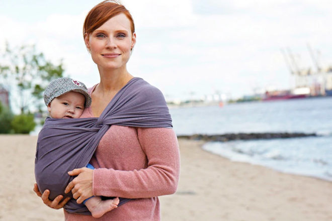 Babywearing during the first trimester