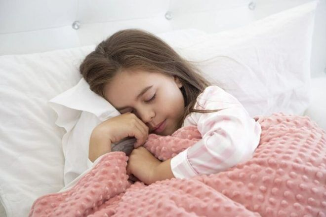 The best weighted blankets for kids | Mum's Grapevine