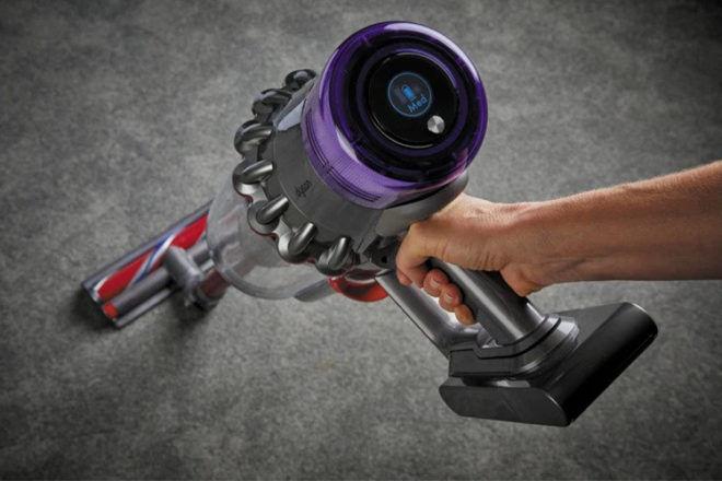 Best Stick Vacuums: Dyson V11 Outsize