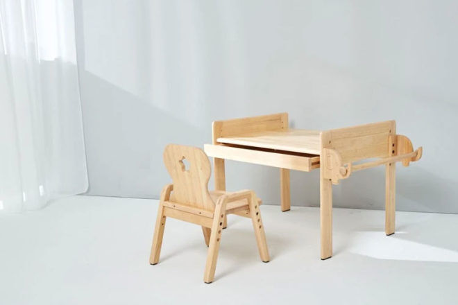 Best Kids Tables & Chairs Sets: MesaSilla