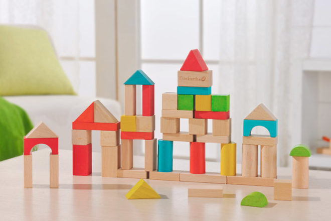Best Toys for 18 Month Olds: EverEarth Bamboo Building Block Set