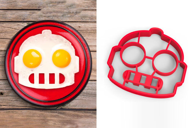 Robot Toys and Gifts: Fred & Friends Funny Side Up Egg Mould