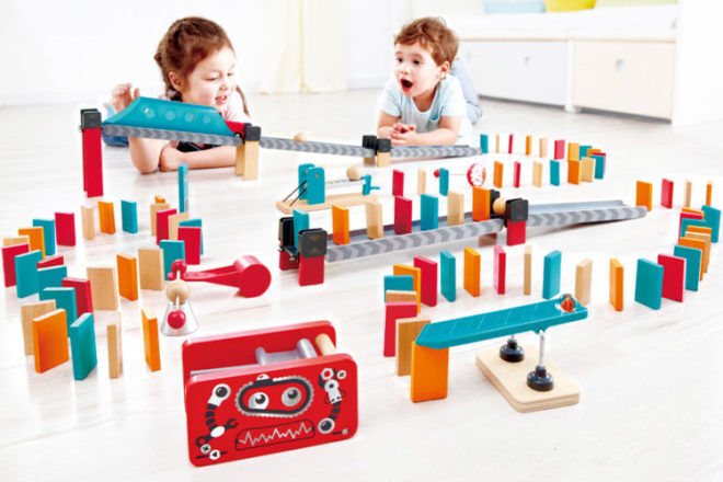 Best Robot Toys and Gifts: Hape Robot Dominoes