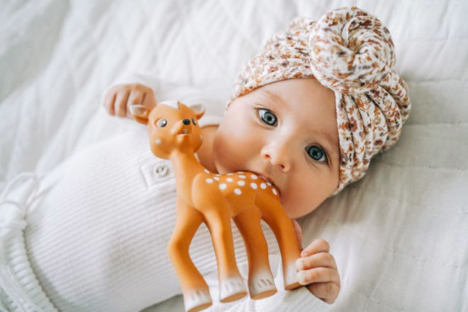Best Gifts and Toys for 3 Month Olds: FanFan the Fawn