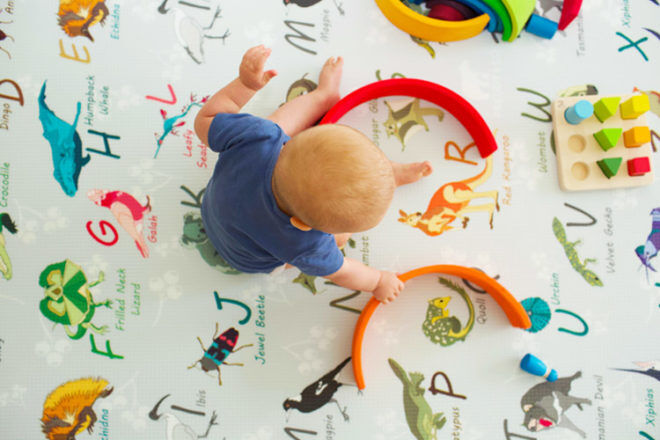 Best Gifts and Toys for 6 Month Olds: Freddy & Co Australian Alphabet Play Mat