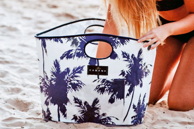 What to look for when buying a beach bag