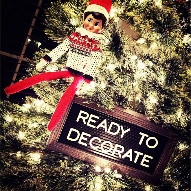 Elf on the Shelf ideas decorate tree