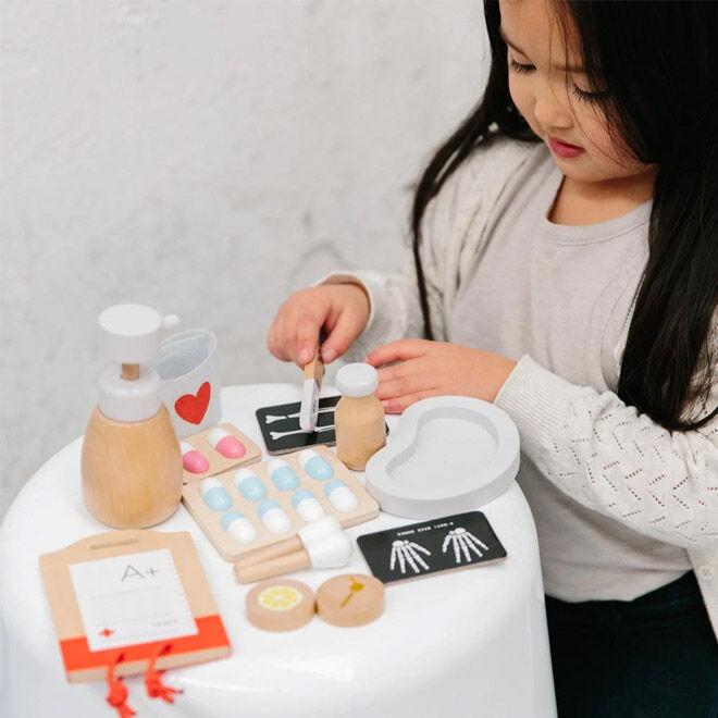 Kids' Doctor Kits: Make Me Iconic