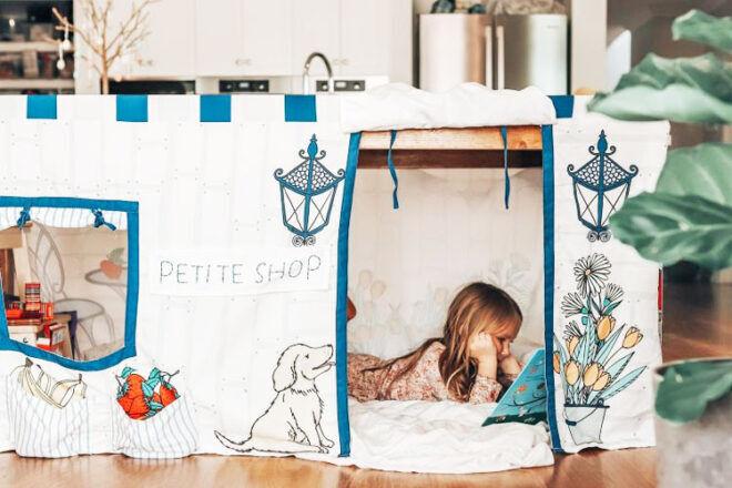 Petite Mason Shop Table Tent