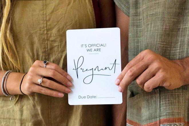 Panie Edwards Designs Pregnancy Milestone Cards
