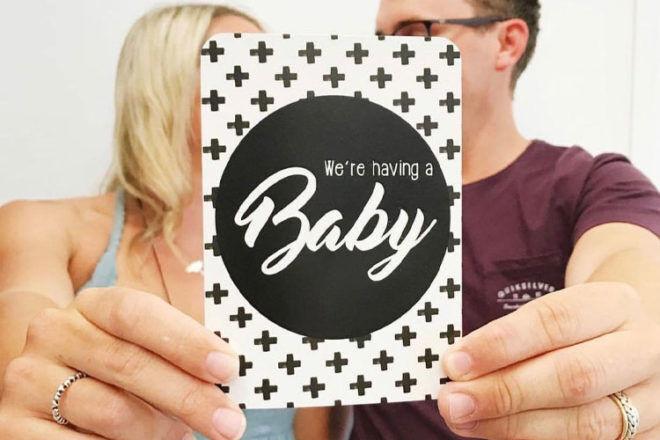 Best Pregnancy Milestone Cards: Vanda Baby
