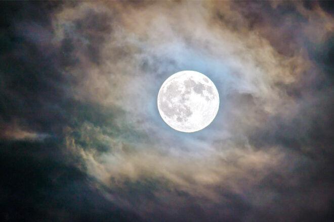 Birth myths full moon