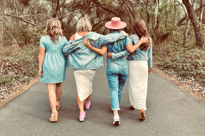 Four sisters pregnant at same time